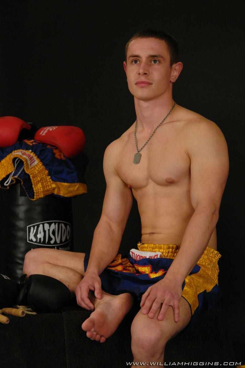 Эротическая фотосессия милого симпатяги. 270 фотографий в альбоме на которых Tomek покажет какой он спорти-парень